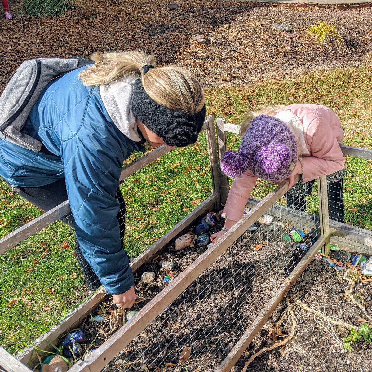 8 Amazing Social Benefits of Gardening