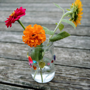 How to Deadhead Marigolds (3 Easy Steps)