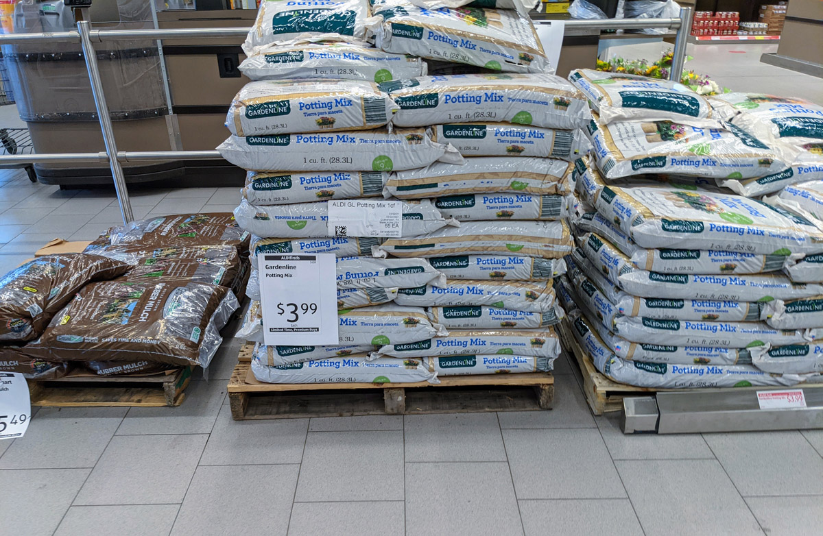 Aldi Garden Bargains - Limited edition Aldi Potting Soil Mix