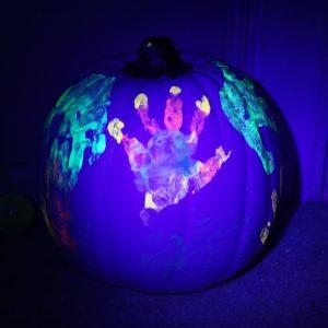 Cute Paintings on Pumpkins | Glowing Halloween Handprints
